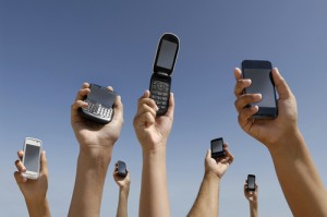 Smartphones et virus informatiques en vidéo …